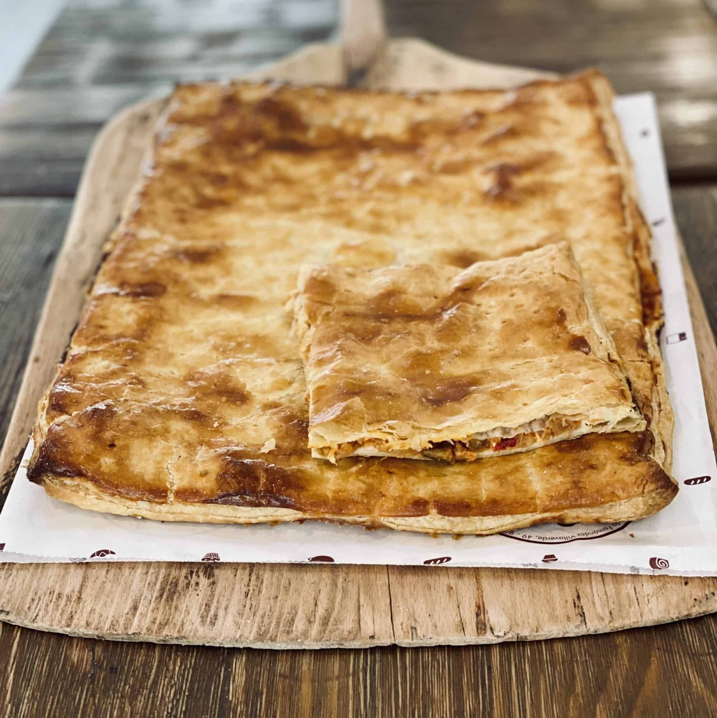Empanada Atun Miga Bakery